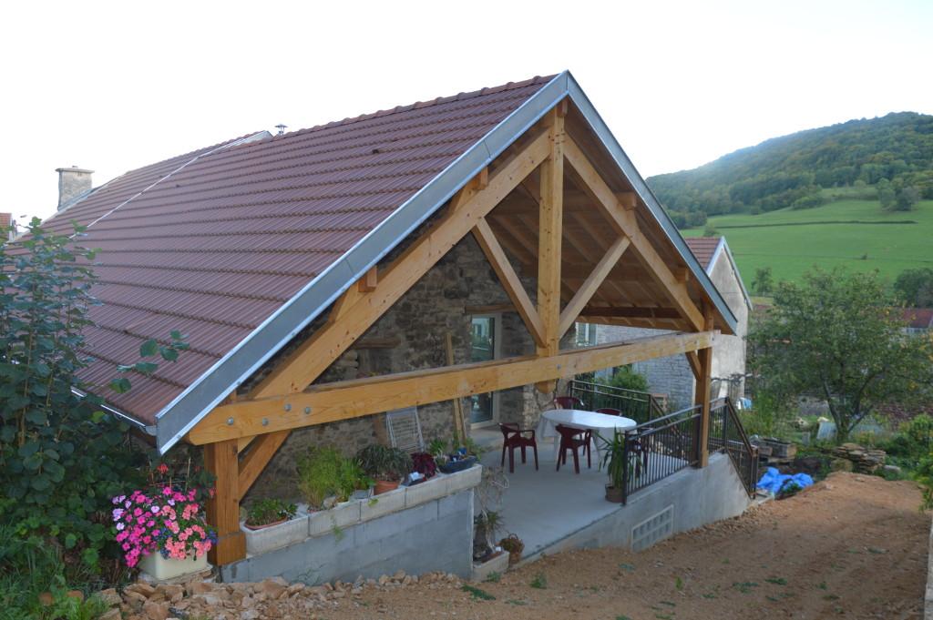 Restauration et avancée de toit à Remilly en Montagne, Bourgogne