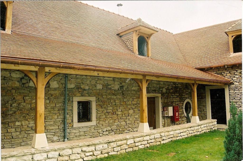 Auvent Hôtel du Clos de la Vouge, Vougeot.