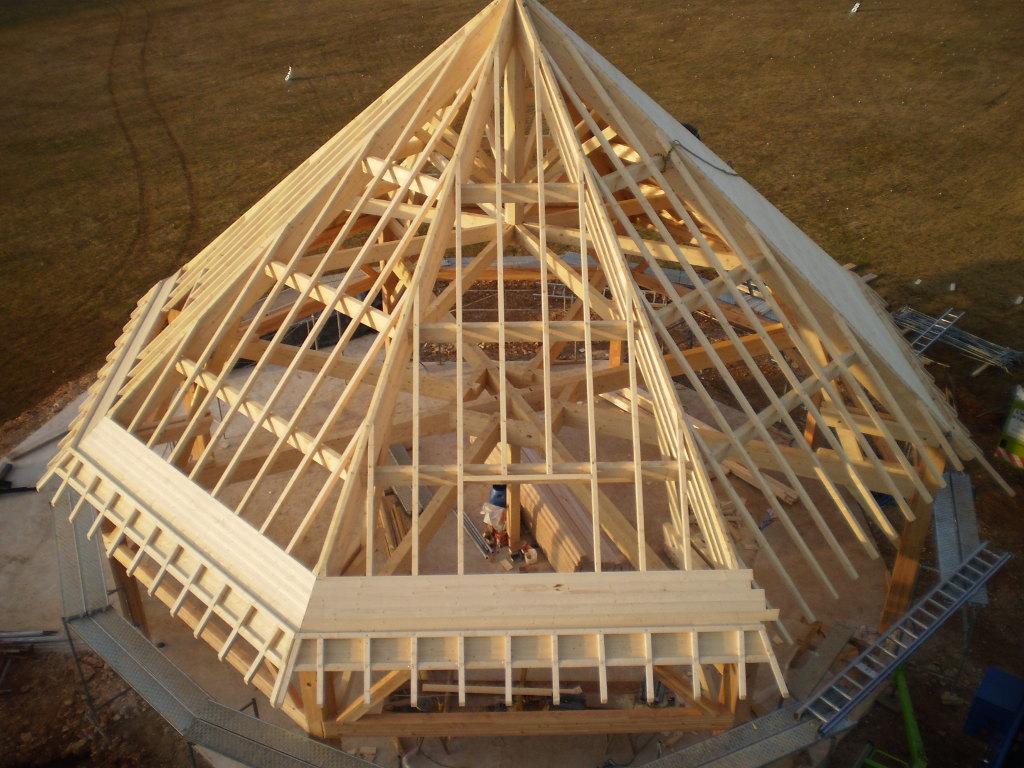Guest House du Golf de la Chassagne, chantier référence en charpente traditionnelle